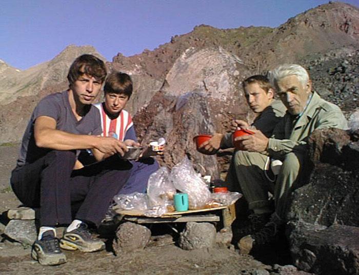 Семейство за обедом
