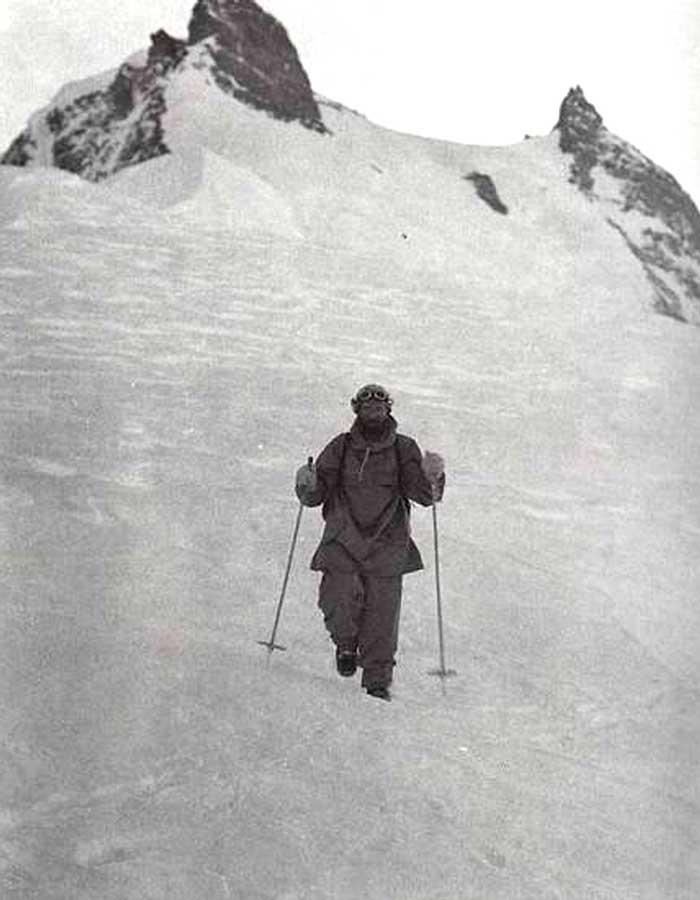Герман возвращается с вершины Нанга Парбат.