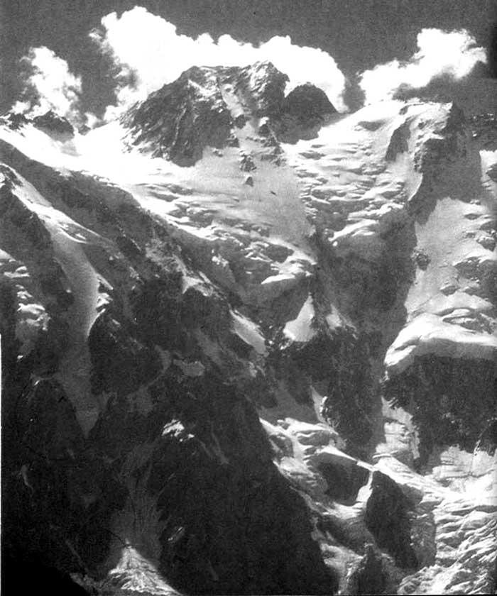 Диамирский склон вершины Нанга Парбат